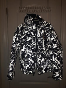 Brand new AAPE by Bathing Ape Camo puffy jacket reversible