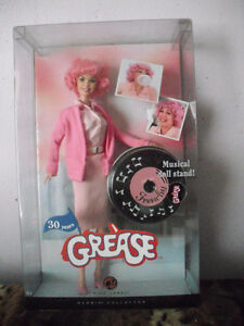 Barbie-Grease Frenchy High School Dropout 30e Anniversaire