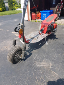 MOPED GAS SCOOTER $250 FIRM