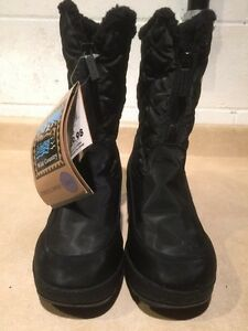 Women's Wild Country Winter Boots Size 6 M London Ontario image 4