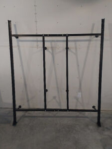 King / Queen Bed Frame