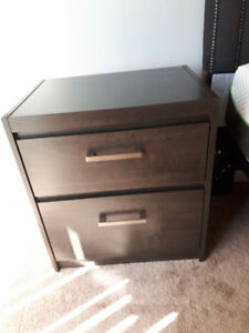 Night Stand / Side Table