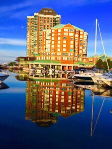 Brockville, Water Front Luxury 3 Bedroom Condo & dock RENT
