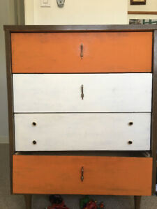 Pending pick up- Chalk Painted Dresser FREE