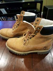 Men's size 8 insulated Timberland's