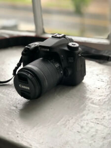 Canon 70D DSLR Camera + 18-55mm Zoom Lens