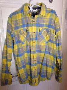 ** LIQUIDATION** : chemises + t-shirt HOMME MEDIUM