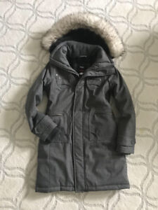 TNA PARKA in BRAND NEW CONDITION