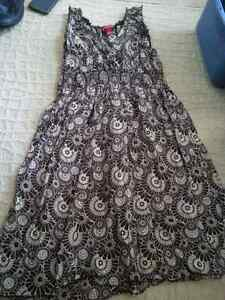 Various sizes dress & skirts Peterborough Peterborough Area image 4