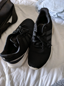 Adidas black shoes sz 9 Reid North Canberra Preview