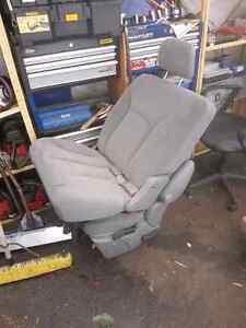 Free vehicle seats