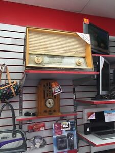 RADIO VINTAGE ORIGINAL SABA