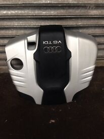 Audi Q7 3.0 tdi engine cover