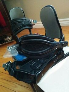 Snowboard Bindings Size: Small