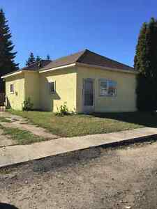 Newly renovated house in Edam Sk.for sale by senior.