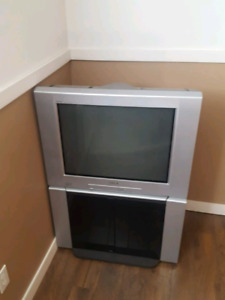 "32"" tv& stand"