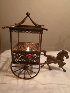 Metal horse abd buggy candle holders