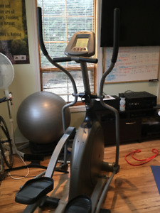 Elliptical Trainer to Help Kick Off Your New Years Resolution