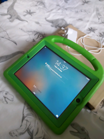 iPad 2 64g with case and charger,