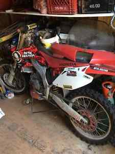 2005 CR 125R. Great bike for sale