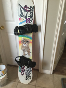 Forum Spinster 148 Women's Snowboard and Burton Lexa Bindings
