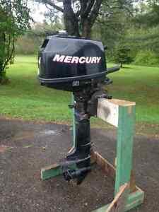 4HP 4-Stroke Mercury Outboard Motor