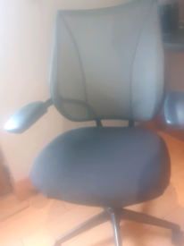 Humanscale freedom office task chair