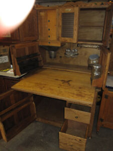 RARE 1906 HOOSIER CABINET MINT CONDITION COMPLETE & LOADED