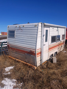Camper trailer for free. Will deliver on a flatbed