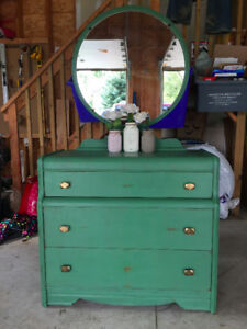 Refinished Vintage 3-Drawer Dresser