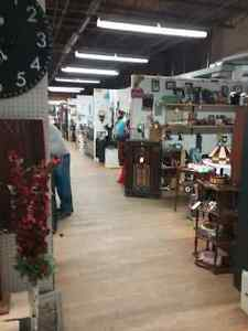 Canada's largest antique mall 600 booths to explore  Cambridge Kitchener Area image 7