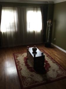 Clean Room NO MINIMUM LEASE near Airport/Gym/Transit/GO/Amenity