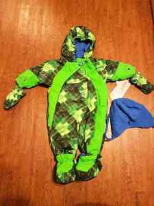 Snow suit never worn
