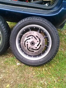 HARLEY DAVIDSON ROAD KING ULTRA WHEELS WITH TIRES AND ROTORS Windsor Region Ontario image 2