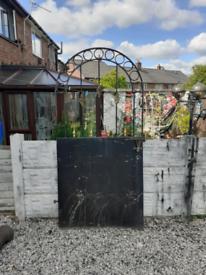 Wrought iron gate / garden gate / entry gate / tall gate / side gate