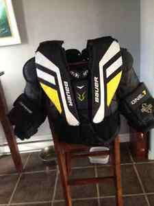 Bauer Supreme Goalie Chest Protector - Size Junior Large