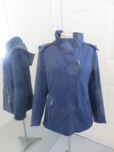 Ladies medium Spyder jacket loaded with featurs