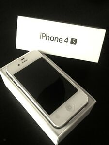 iphone 4s 16gb great condition Cambridge Kitchener Area image 1