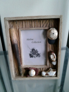Vintage Look Picture Frame