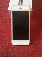 Perfect Condition - White IPhone 5 - 32 gb and  12 cases