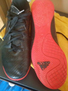 Addidas Indoor Soccer Cleats Size 8 1/2