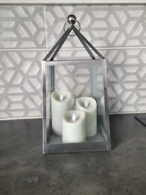 Silver lantern with 3 LED grey candles