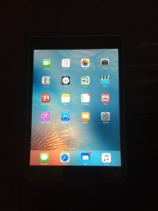 iPad Mini, 16GB, Basically BRAND NEW