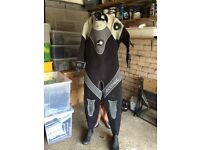 Woman's dry suit and fourth element thermal under clothing
