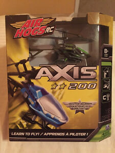 Air Hogs Axis 200 Green helicopter
