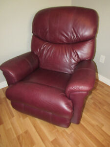 LAZY BOY ALL LEATHER RECLINER CHAIR WITH FOOT REST