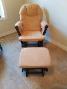 Slide Rocking chair and sliding rocking foot stool 6 months old