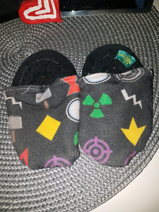 Baby soft mocs approx 6m-18m?