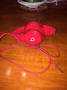 Dr. Dre beats solo 2 (all red) West Island Greater Montréal image 5