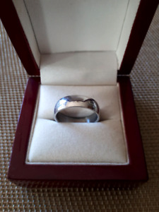 comfort fit half round stainless steel man's ring.